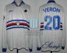 UC Sampdoria - 1996/97 - Away - Asics - 13ra Fecha Serie A Calcio vs Inter - J. Veron