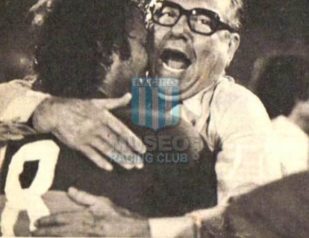 BocaJuniors_1976_Home_IndArg_CameponMetro76_MC_8_JorgeBenitez_jugador_01