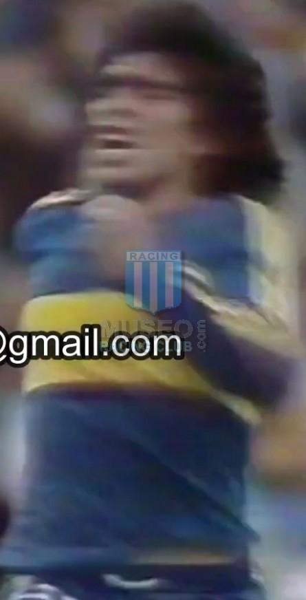 BocaJuniors_1981_Home_Adidas_24taFechaTorneoMetropolitanovsSanLorenzo_Campeon_ST_ML_10_DiegoMaradona_jugador_10