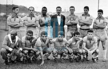 Brasil_1958_Home_Ceppo-Superball_Friendly_MC_11_Garrincha_jugador_03