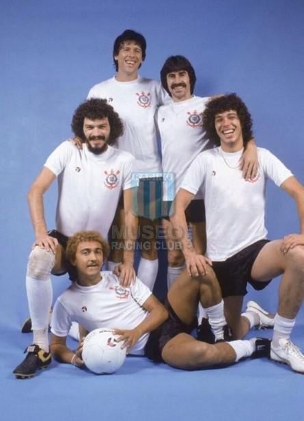 Corinthians_1981_Home_Topper_MC_6_Wladimir_jugador_01