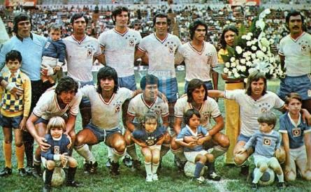 CruzAzul_1972-73_Away_Campeon_MC_12_AlbertoGomezFranzutti_jugador_01