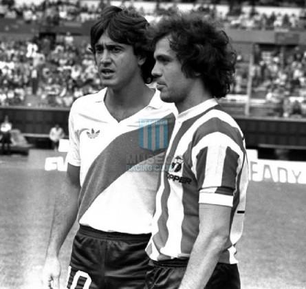 EstudiantesLP_1985_Home_Topper_MC_7_JoseRaulIglesias_jugador_09