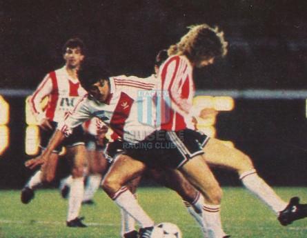 EstudiantesLP_1992-93_Home_Adidas_IncaSeguros_ML_4_PabloErbin_jugador_01