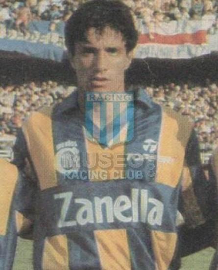 RosarioCentral_1990_Home_Topper_Zanella_TorneoApertura_MC_3_JoseChamot_jugador_01