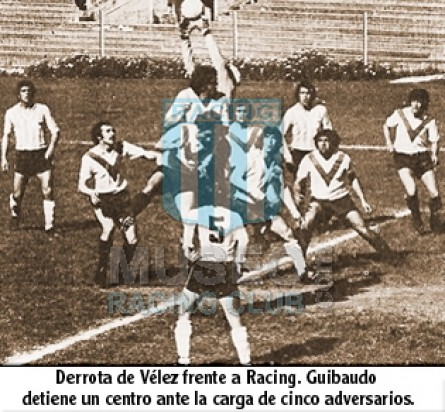 VelezSarsfield_1972_Home_Botez_MC_2_EduardoZottola_jugador_01