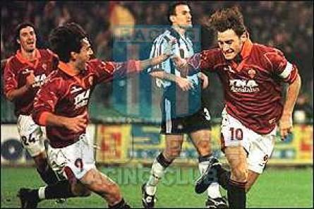 Roma_1999-00_Home_Diadora_InaAssitalia_MC_jugador_01