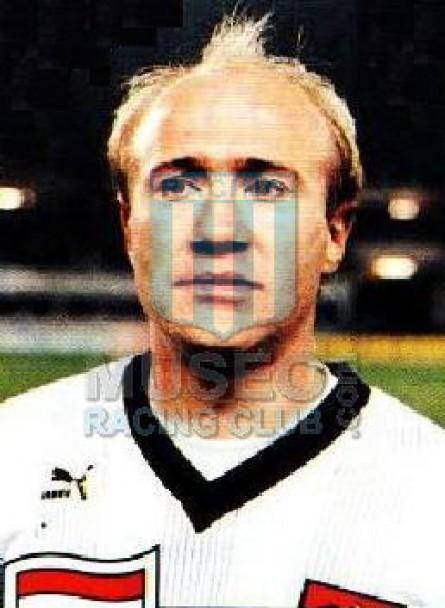 Austria_1989_Home_Puma_QualyItalyWC_MC_3_RobertPecl_jugador_17
