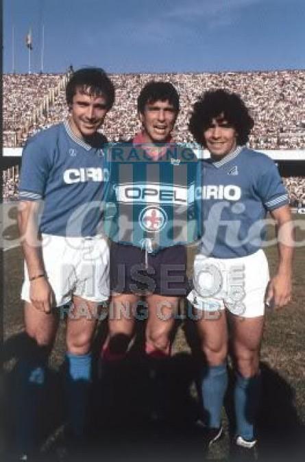 Fiorentina_1984-85_Home_NR_Opel_Equipo_jugador_02