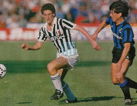 Internazionale_1986-87_Home_LeCoqSportif_Misura_SerieA-UEFACup_MC_6_DanielPassarella_jugador_01
