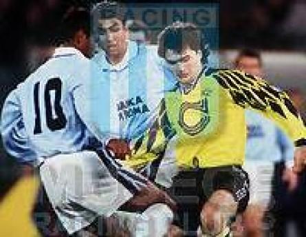 SSLazio_1994-95_Home_Umbro_BancaDiRoma_SerieACalcio_Firmada_ML_6_JoseChamot_jugador_02