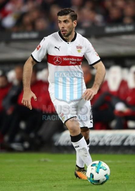VfBStuttgart_2017-18_Home_Puma_MercedesBenz_Bundesliga_MC_2_EmilianoInsua_jugador_01