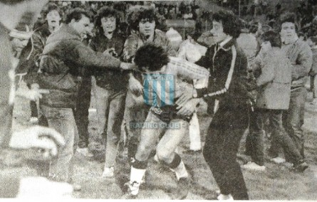 Racing_1983_Home_Nanque_FinalVtaProyeccion86vsNewells_ML_10_GabrielDeAndrade_jugador_08