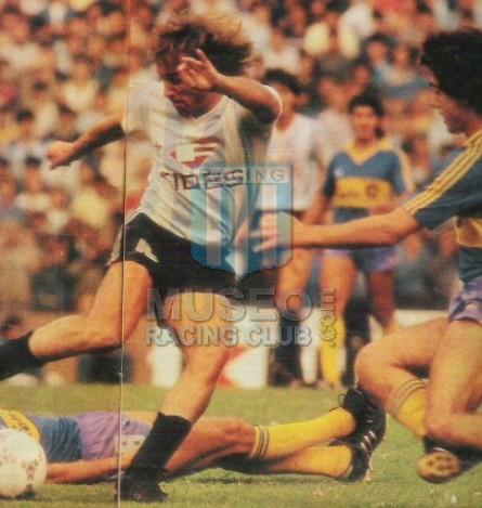 Racing_1986-87_Home_Adidas_Fides_MC_10_MiguelColombatti_jugador_01