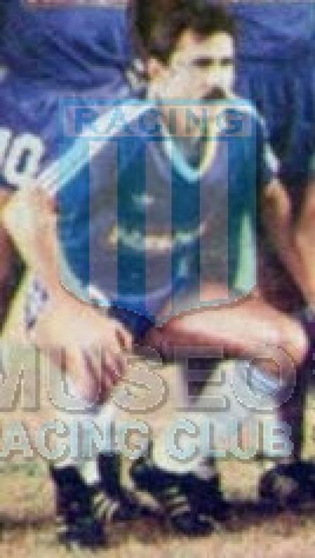 Racing_1988_Away_Adidas_Nashua_MC_13_EduardoSaporiti_jugador_01