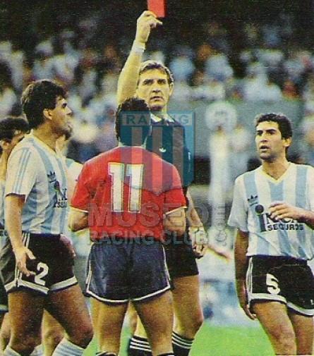 Racing_1989-1990_Home_Adidas_IncaSeguros_MC_Brown_jugador_01