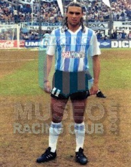 Racing_1993_Home_Adidas_Rosamonte_AP93_MC_13_JuanDistefano_juagdor_01