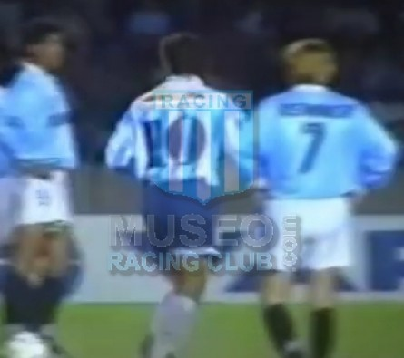 Racing_1995_Home_Topper_Multicanal_SupercopaIDAvsGremio_ML_11_RobertoPompei_jugador_02