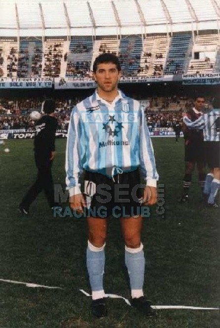 Racing_1997_Home_Topper_Multicanal_ML_10_RubenCapria_Jugador_01