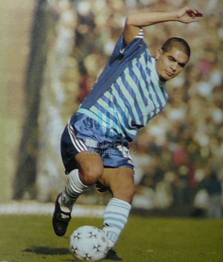 Racing_1998_Away_Adidas_Apertura98_MC_18_LuisVillalba_jugador_01
