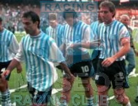 Racing_1998-99_Home_9_Latorre_jugador_01[1]