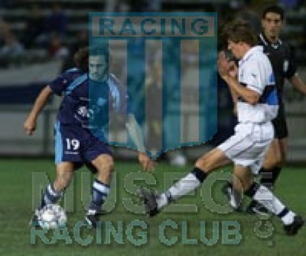 Racing_2001-02_Away3rd_jugador_04[1]