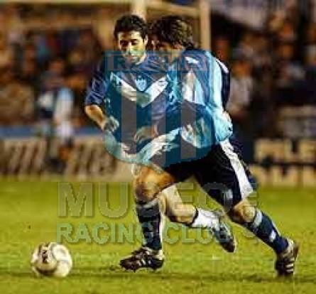 Racing_2001-02_Home_Topper_Sky_ML_4_Arano_jugador_01