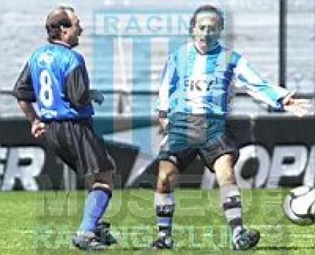 Racing_2001_Home_Topper_Sky_AmistosoPresentacion_MC_6_SergioMiguez_jugador_02