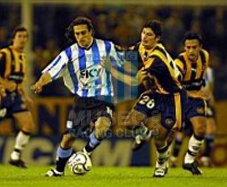 Racing_2001_Home_xx_Sky_AP01vsRosarioCentral_MC_8_GustavoBarrosSchelotto_jugador_11