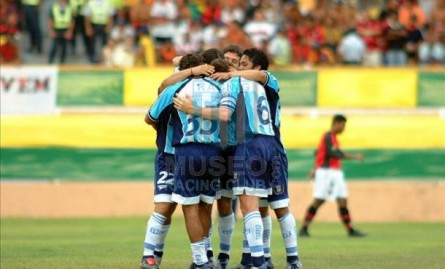 Racing_2003_Home_Topper_Petrobras_50anos_MC_35_JuanMBarrientos_jugador_10
