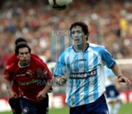 Racing_2003_Home_Topper_Petrobras_AP03vsIndependiente_ST_MC_22_MaximilianoEstevez_jugador_04