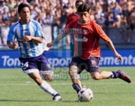 Racing_2003_Home_Topper_Petrobras_AP03vsIndependiente_ST_MC_22_MaximilianoEstevez_jugador_12