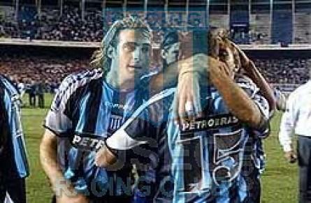 Racing_2004_Away_Topper_Petrobras_MC_15_Lopez_jugador_02