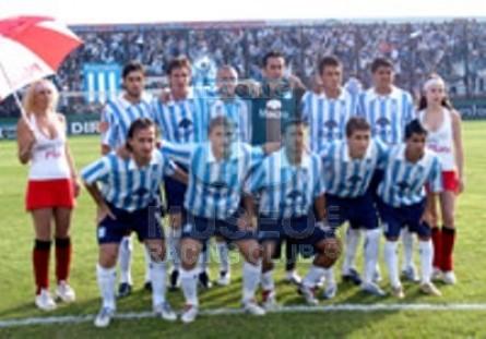 Racing_2007_GKNegro_Nike_BancoMacro_CL07_ML_25_GustavoCampagnuolo_jugador_02