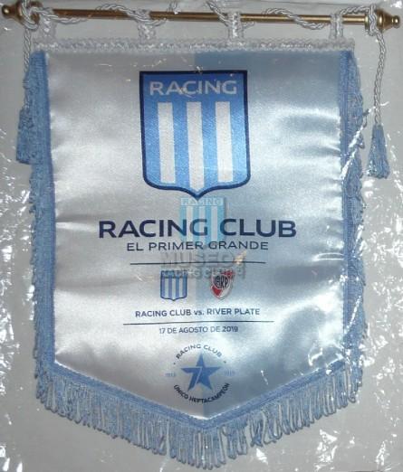 Racing_2019-20_Banderin_3raFechaSAFvsRiverPlate_LisandroLopez