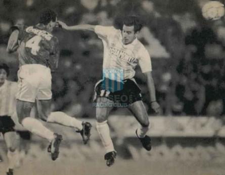 Racing_1992_Medalla_SubCampeon_FinalSupercopavsCruzeiro_jugador_01