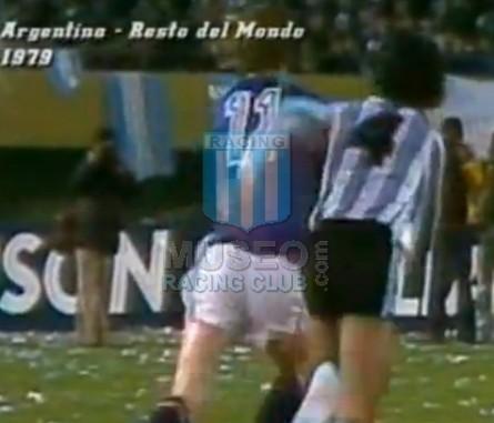 Argentina_1979_Home_Adidas_FriendlyvsRestOfTheWorld_ML_4_JorgeOlguin_jugador_01