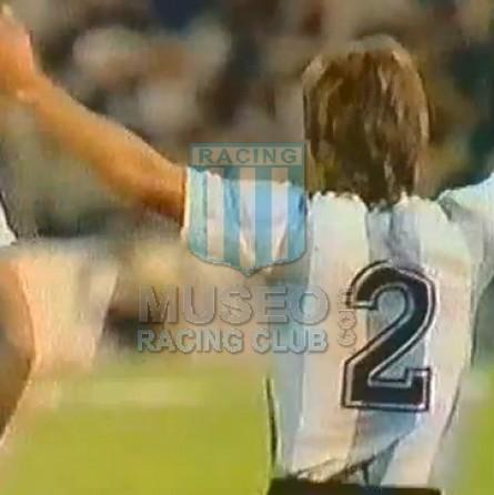 Argentina_1984_Home_LeCoqSportif_FriendlyvsMexico_MC_9_RicardoGareca_jugador_07