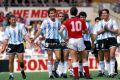 Argentina_1991_Home_Adidas_FriendlyvsEngland_MC_9_DiegoSimeone_jugador_01
