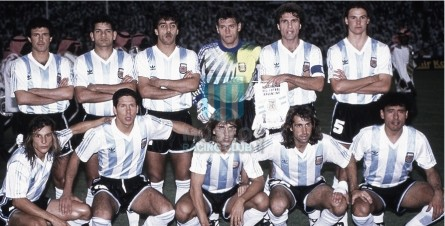 Argentina_1992_Home_Adidas_FinalKingFahdCupvsSaudiArabia_MC_8_JoseLuisVillarreal_jugador_03