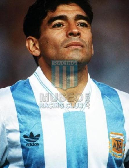 Argentina_1993_Home_Adidas_PlayoffQualyvsAustralia-VUELTA_ML_10_DiegoMaradona_jugador_01