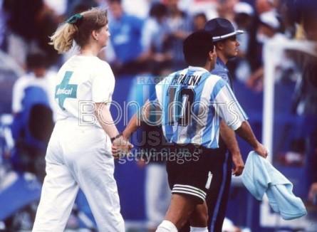 Argentina_1994_Home_Adidas_USAWCvsNigeria_MC_10_DiegoMaradona_jugador_06