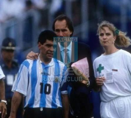 Argentina_1994_Home_Adidas_USAWCvsNigeria_ST_MC_10_DiegoMaradona_jugador_22