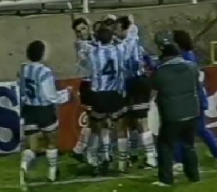 Argentina_1995_Home_Adidas_FriendlyvsParaguay_ML_15_ChristianBassedas_jugador_01