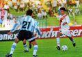 Argentina_1997_Home_Adidas_QFBoliviaCopaAmericavsPeru_ML_22_GustavoZapata_jugador_02