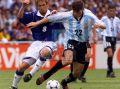 Argentina_1998_Home_Adidas_FranceWCvsJapan_MC_14_NelsonVivas_jugador_02