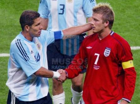 Argentina_2002_Home_Adidas_Korea-JapanWCvsEngland_MC_14_DiegoSimeone_jugador_01