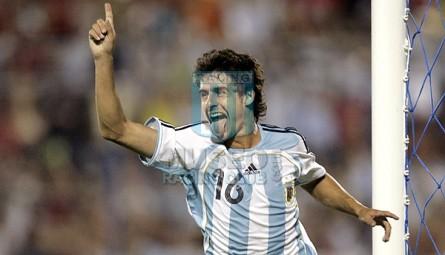 Argentina_2007_Home_Adidas_CopaAmericaFinalvsBrasil_MC_16_PabloAimar_jugador_01
