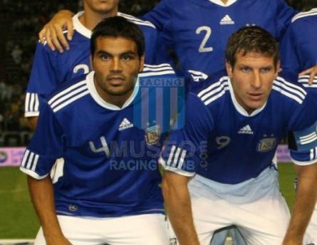 Argentina_2010_Away_Adidas_FriendlyvsJamaica_Climacool_MC_4_GabrielMercado_jugador_03